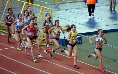 Tres atletas del Velox en el Campeonato de España Juvenil en pista cubierta