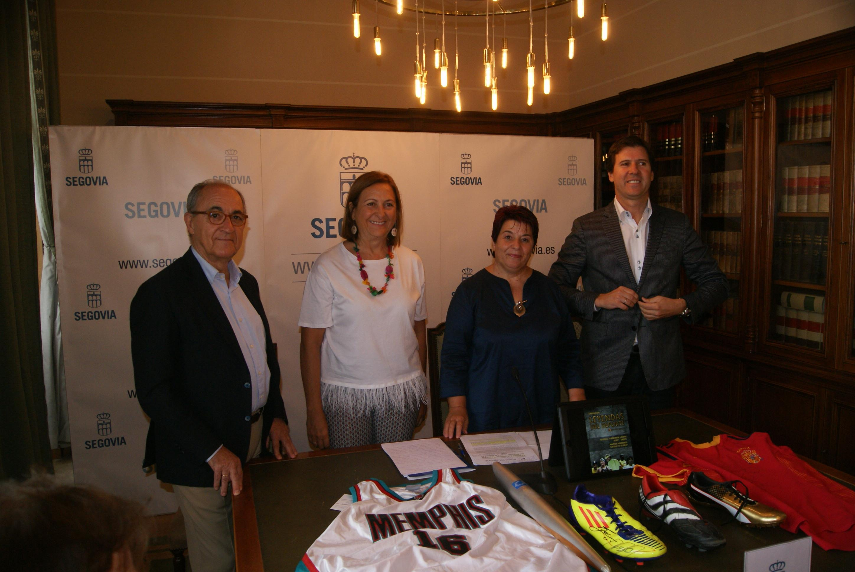 """El Museo del Deporte """"Leyendas del Deporte"""" llega a la ciudad de Segovia"""