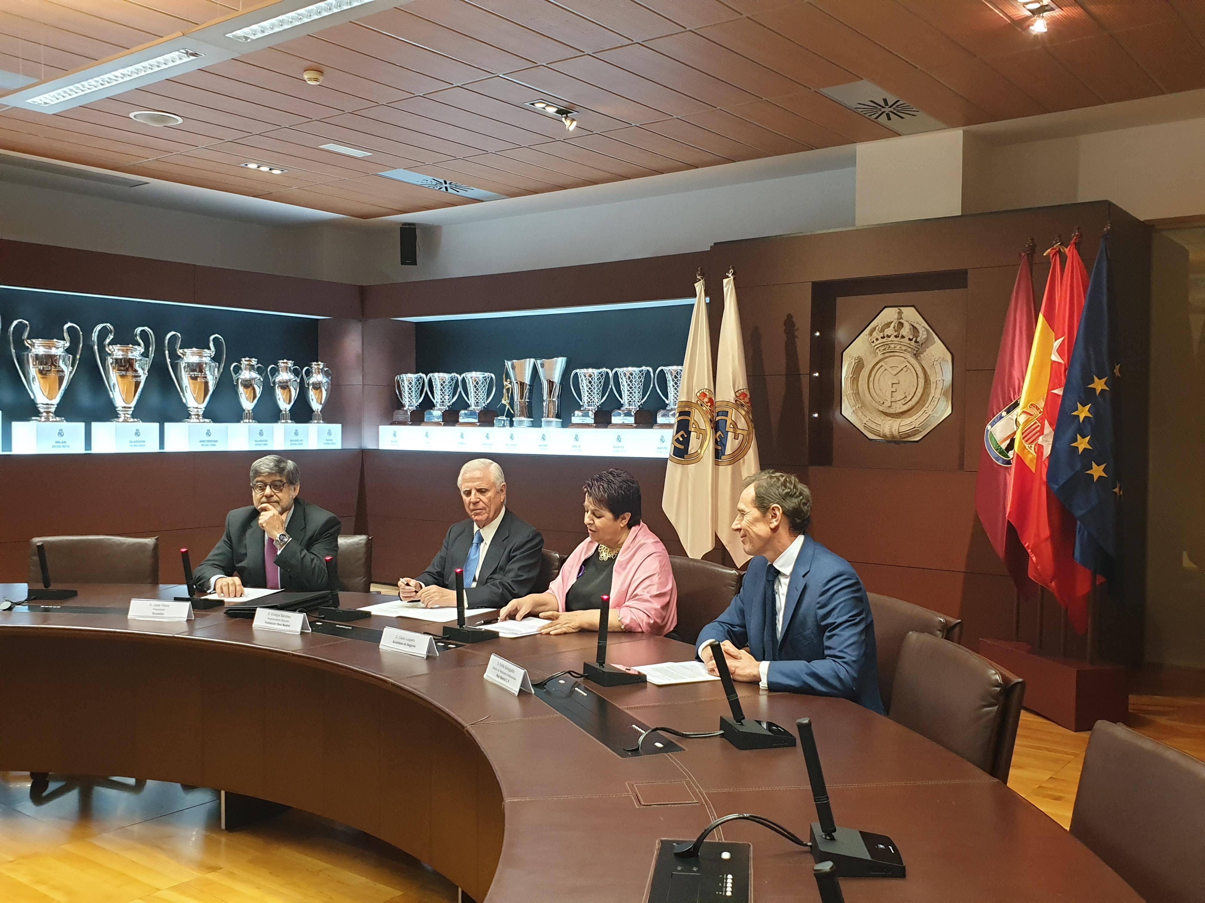 El Ayuntamiento de Segovia y la Fundación Real Madrid renuevan su cooperación que hace posible la Escuela sociodeportiva de Fútbol de Integración
