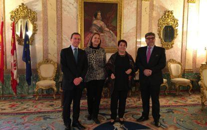 El Ayuntamiento de Segovia y la Fundación Real Madrid renuevan su cooperación que hace posible la Escuela socio-deportiva de Fútbol y valores por la Integración