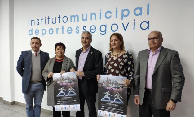"""VI Copa del Mundo junior Sable femenino """"Ciudad de Segovia"""""""