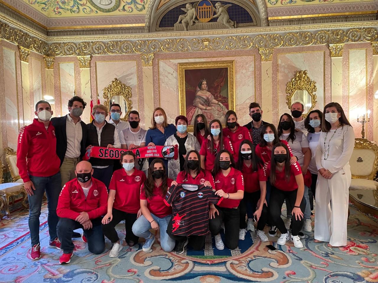 Recepción en el Ayuntamiento de Segovia al Equipo Femenino de C.D. Segosala