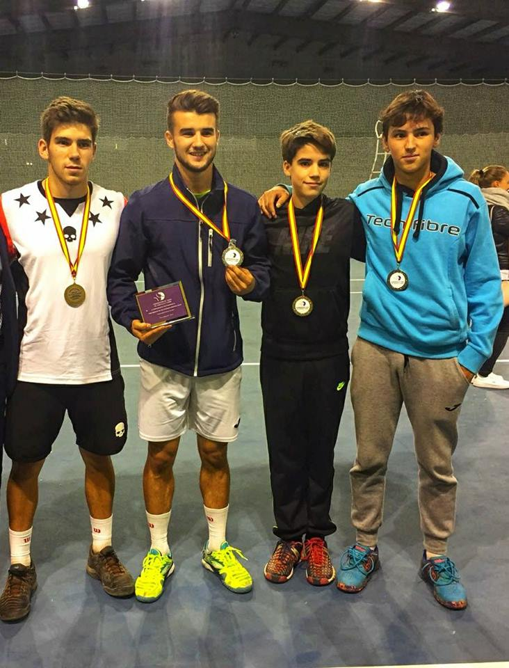 La Selección Provincial de Tenis de Segovia consigue el Subcampeonato de Castilla y León Absoluto