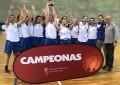 Las jugadoras del equipo junior femenino del Unami logran alzarse con la Copa de Castilla y León