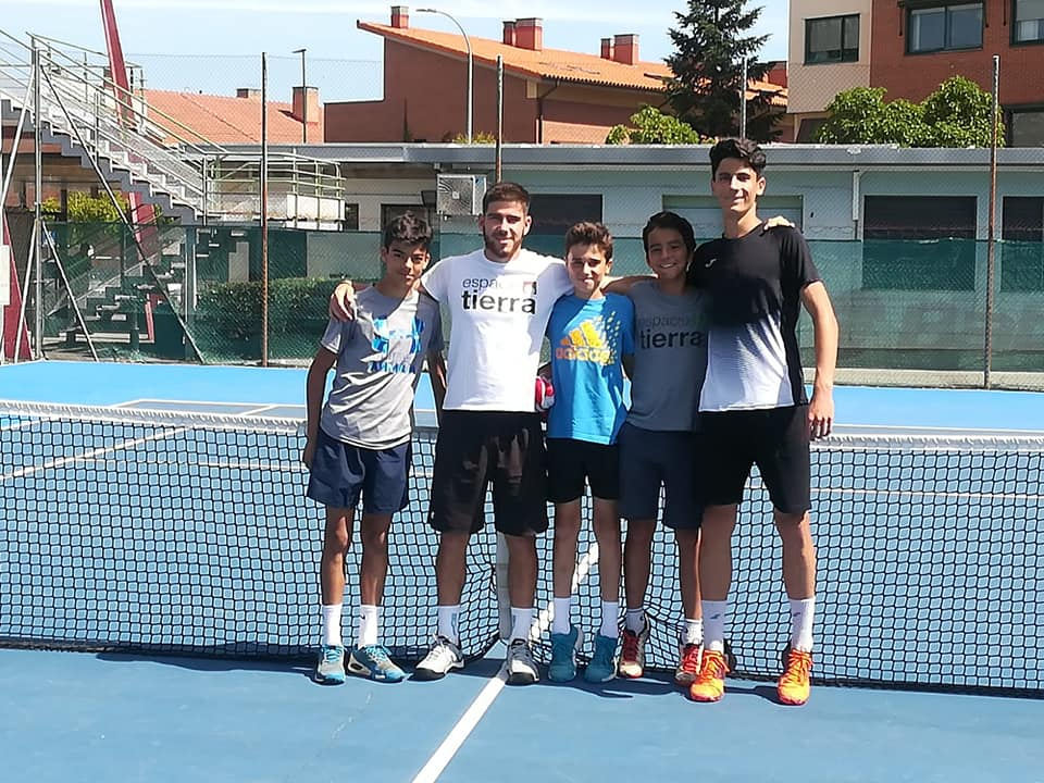 """El Club de Tenis """"Espacio Tierra"""" Subcampeón de Castilla y León Infantil"""