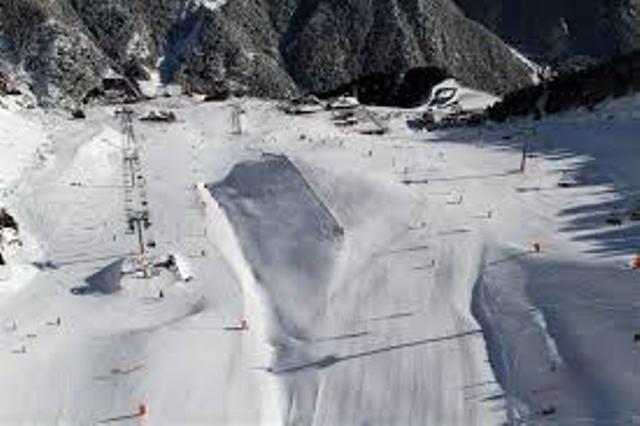 El Instituto Municipal de Deportes y la Fundación Caja Rural lanzan la Campaña de Esquí Alpino 2019