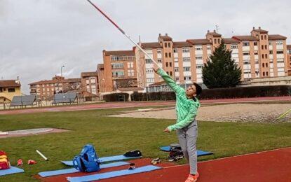 Dos atletas del Sporting Segovia con plaza para los Nacionales en especialidades de lanzamiento