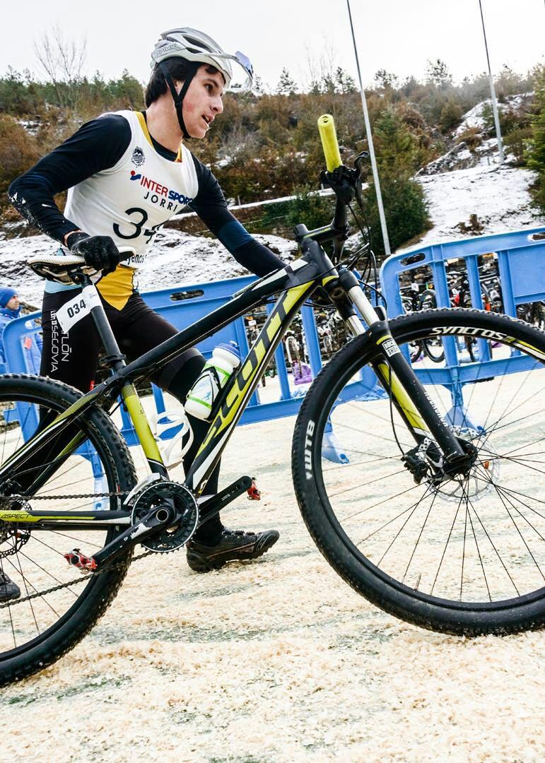 Mikel Ibergallartu, del Club Triatlón IMD Segovia, Subcampeón de España Sub23 de Invierno