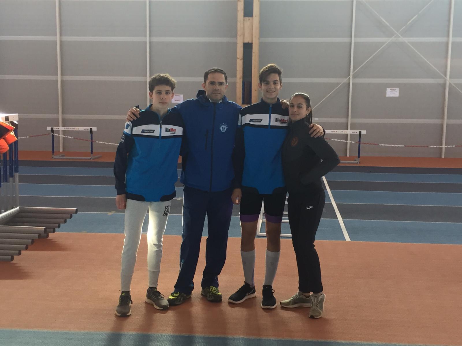 Los atletas del Club de Atletismo Joaquín Blume y del Vélox Atletismo consiguen marcas personales en el II Control en Pista Cubierta de Burgos
