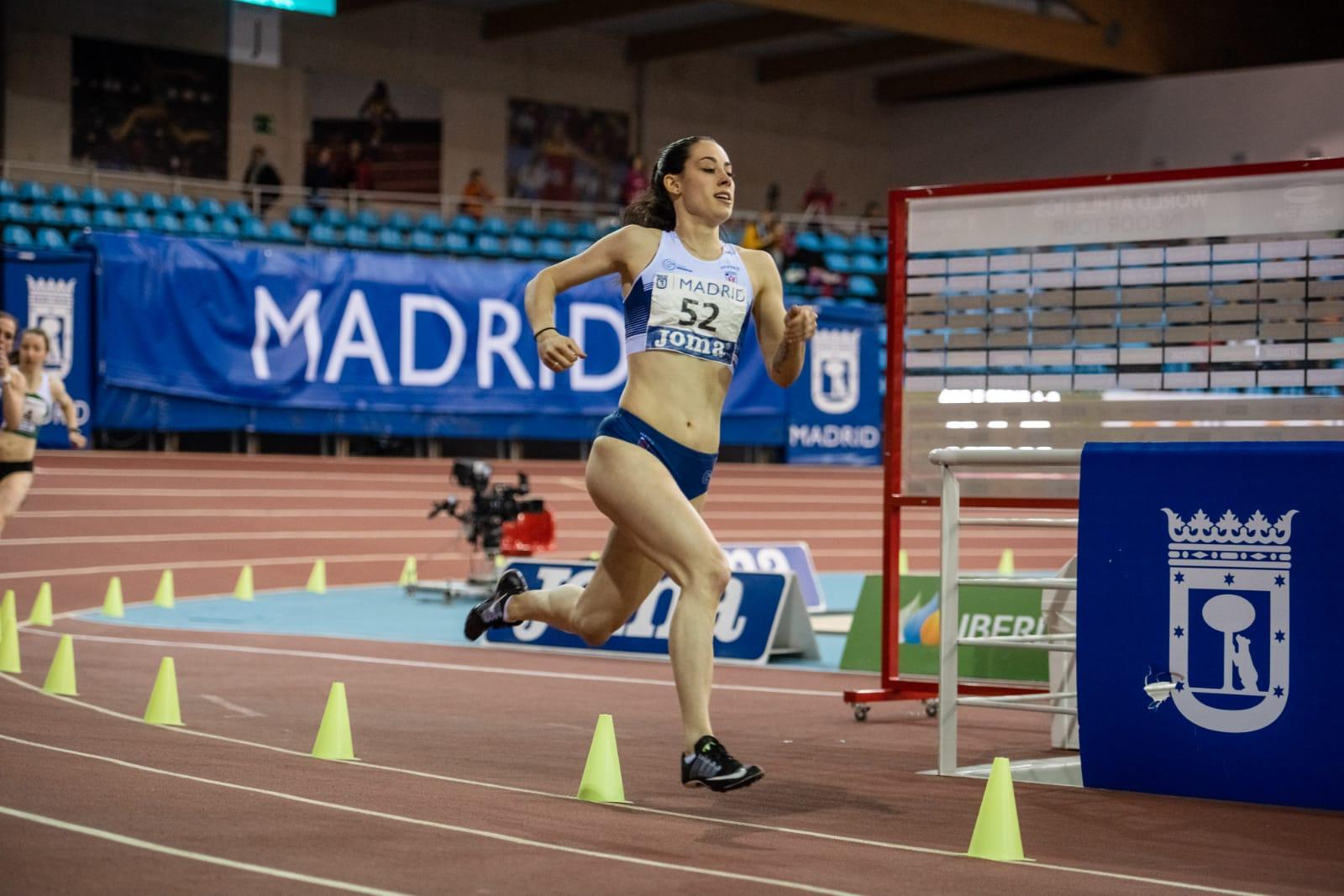 Sara Gómez Álvarez consigue marca personal de la temporada en Pista Cubierta