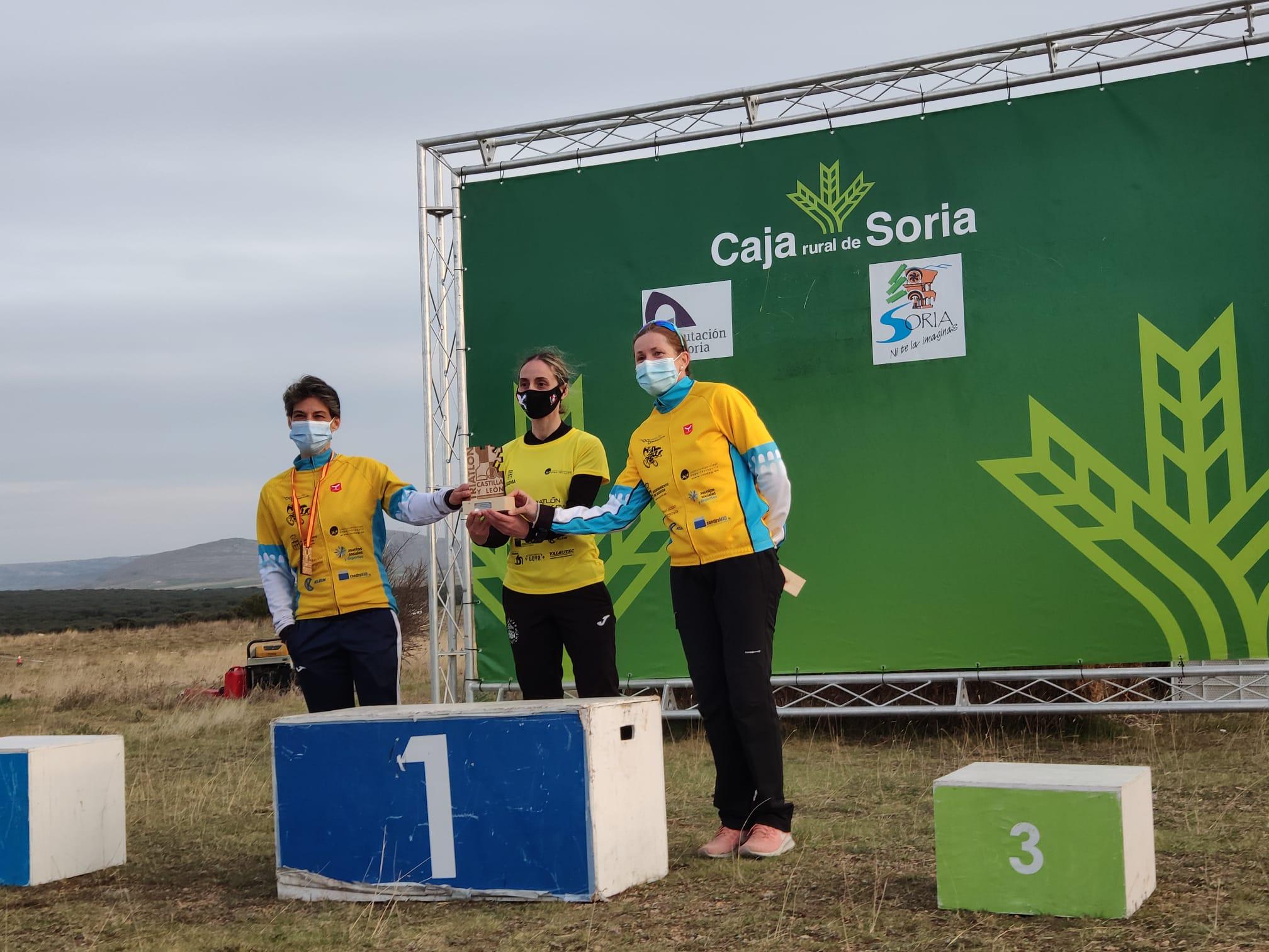 El Equipo femenino del Club Triatlón IMD Segovia, campeón regional de Duatlón Cross