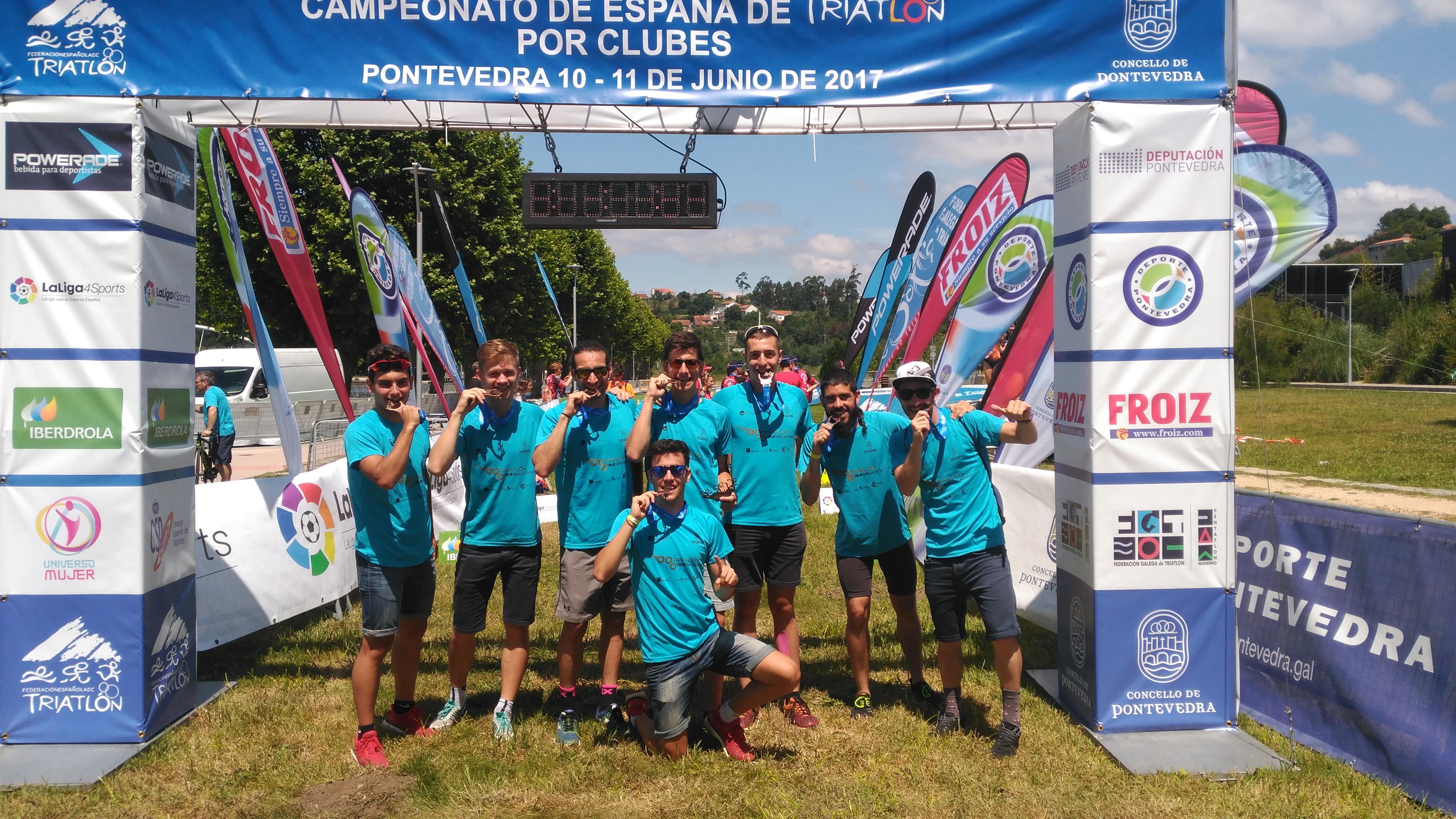 El Club Triatlón IMD Segovia sube al podio en tercera posición