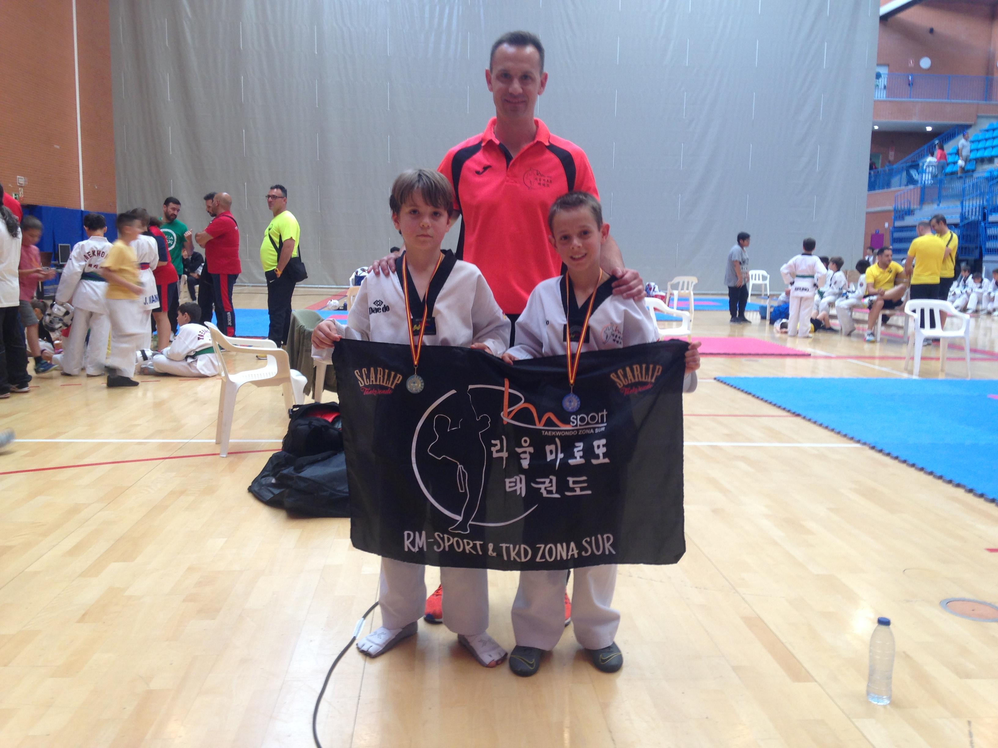 Oro, plata y dos bronces para el Club Taekwondo RM-SPORT
