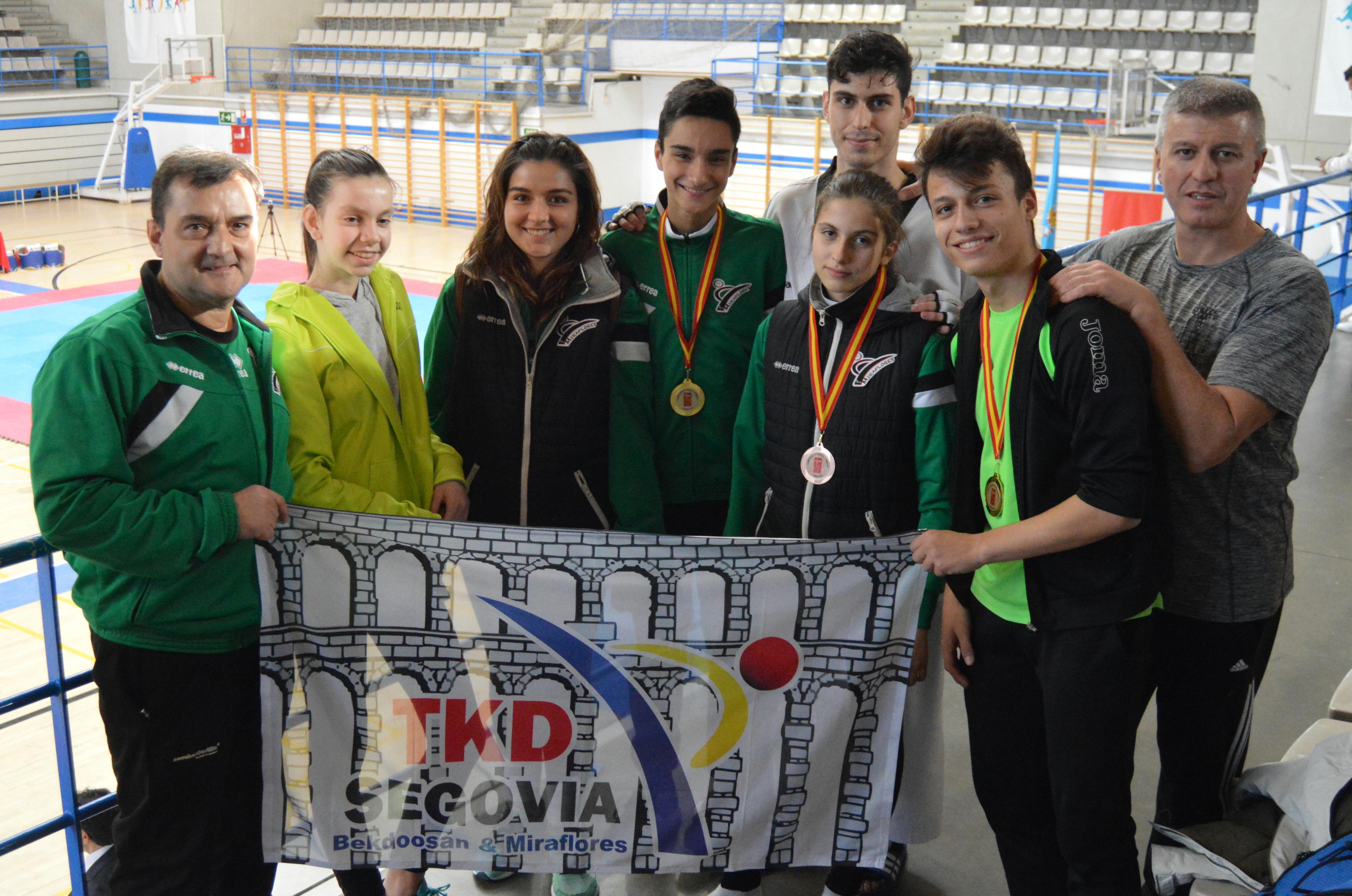 Club Deportivo Taekwondo Miraflores-Bekdoosan: Dos oros y un bronce en los Campeonatos de la Comunidad de Madrid de Taekwondo