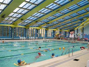 Operaci n bikini en la piscina climatizada jos carlos casado instituto municipal de - Piscina climatizada segovia ...