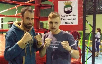 Adelín Vasile, del Club Segoboxing, vuelve a hacerse con el triunfo en un segundo compromiso boxístico