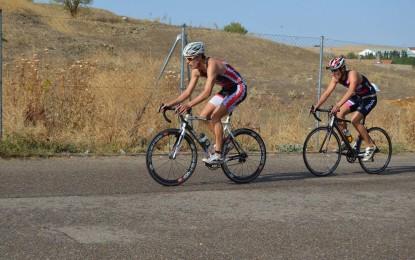 Destacada actuación de los componentes del Club Triatlón Eresma en el Triatlon Sprint de Alba de Tormes