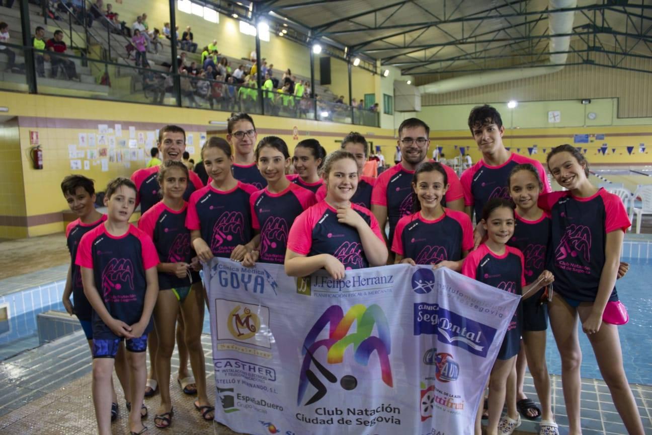 24 medallas para el Club Natación Ciudad de Segovia en el X Trofeo del Excelentísimo Ayuntamiento de Medina del Campo