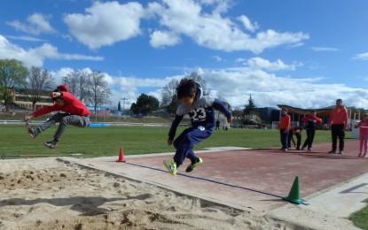 Deporte Escolar: La diversión llega con las pruebas atléticas